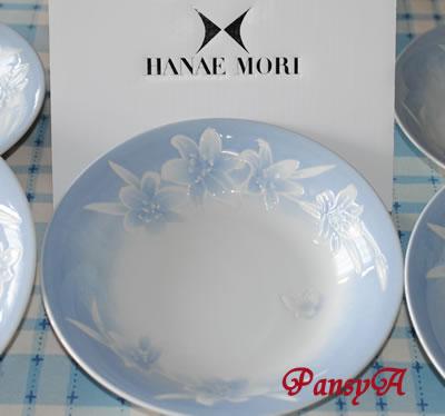 (株)メガチップス〔6875〕より株主優待の(選択したギフト)「カレー皿セット〈ハナエモリ〉」(5枚セット)が届きました。