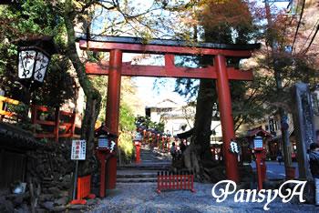 貴船神社の本宮の写真
