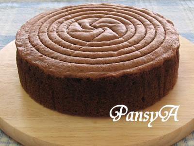 チョコレート(ココア)のスポンジケーキ (15cm・18cm・20cm~21cm丸型)のレシピへ