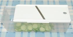 さやえんどうと蟹とキュウリのサラダ☆ミニトマト添えの作り方